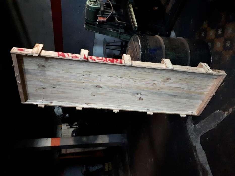 Lote de tablontabla en madera de pino
