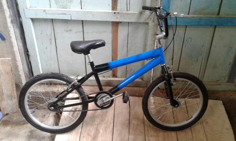 Vendo bicicleta bmx numero 20