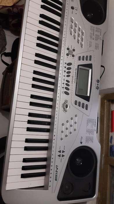 Piano Como Nuevo Ref. Lp6150b