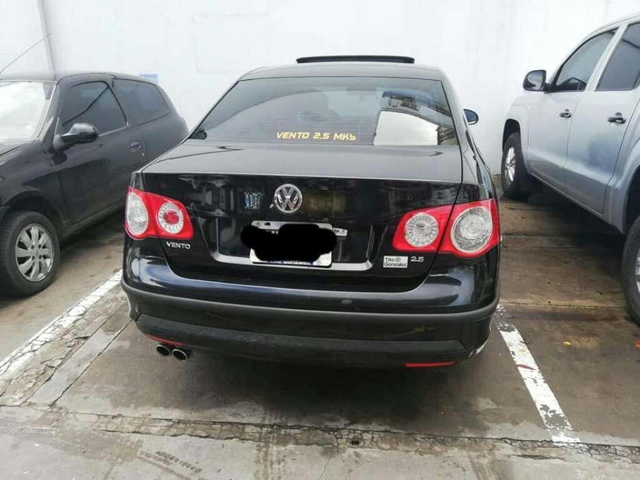 Volkswagen Vento 2010 - 110000 km