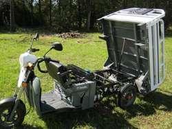 Vendo Zanella Tricargo max 125 cc IMPECABLE!!! 400km papeles al día lista para transferir