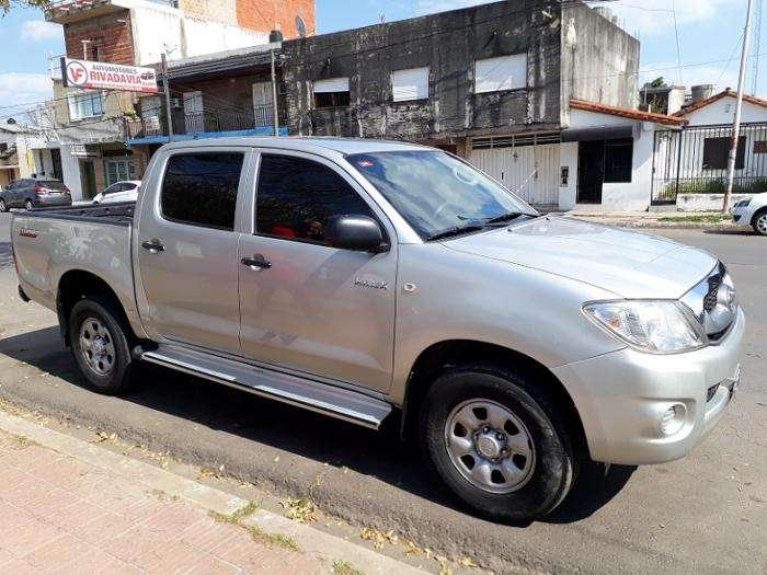 Toyota Hilux 2010 - 172000 km