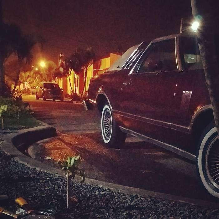Ford Otro 1979 - 150000 km