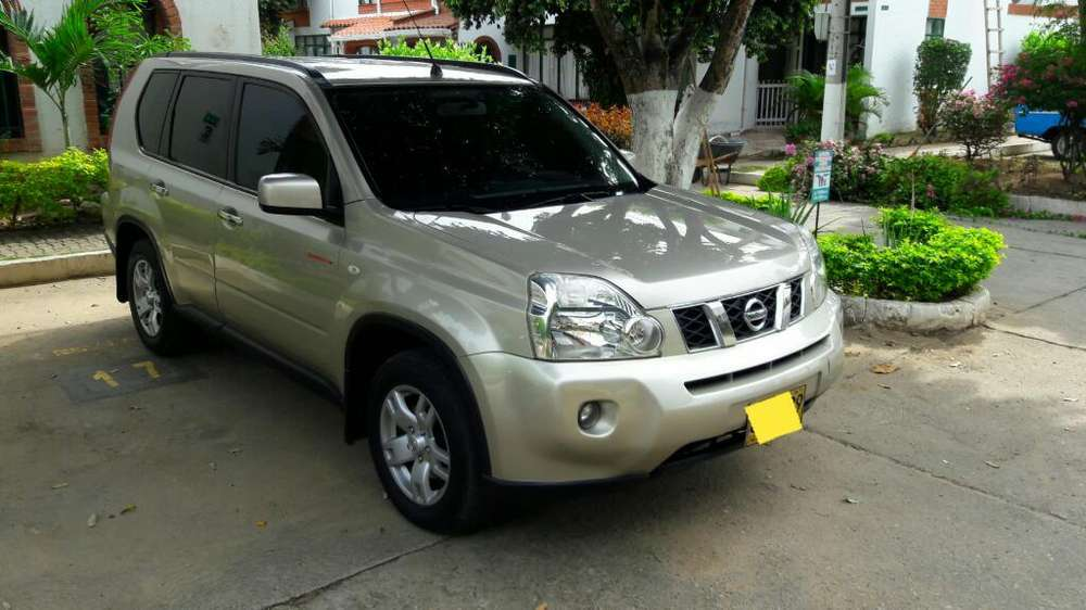 Nissan X-Trail 2008 - 132000 km