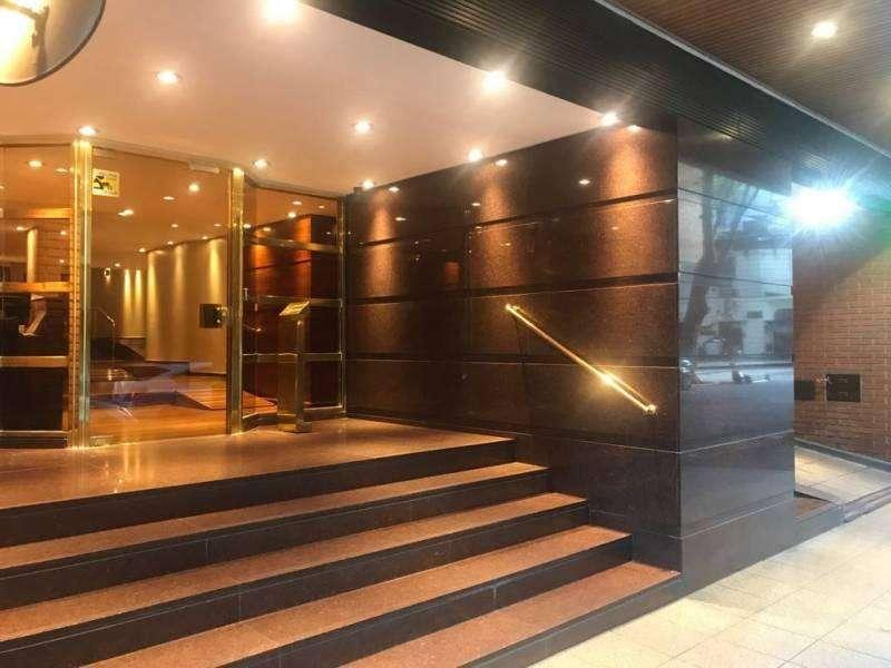 Excelente semipiso en Juan M Gutierrez 4 amb c/dep 170 m2 al frente Incluye DOS cocheras fijas