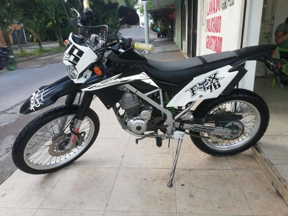 Se Vende Moto Kawasaky Klx 150-l