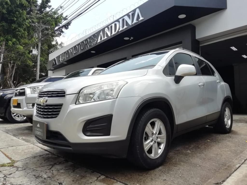 Chevrolet Tracker Ls 2014 Mecánica 1.8 7
