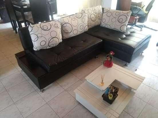 Vendo sala 400 comedor 400 Biwis 2013 4600