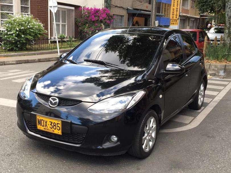 Mazda 2 2011 - 39000 km