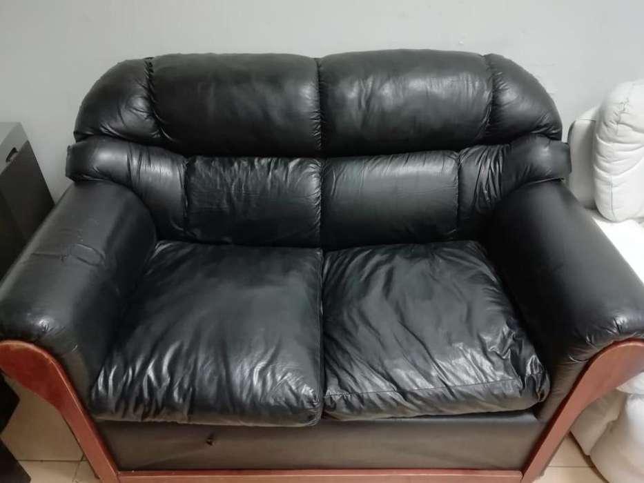 Sillón sofá 2 cuerpos mas individuales, escucho ofertas