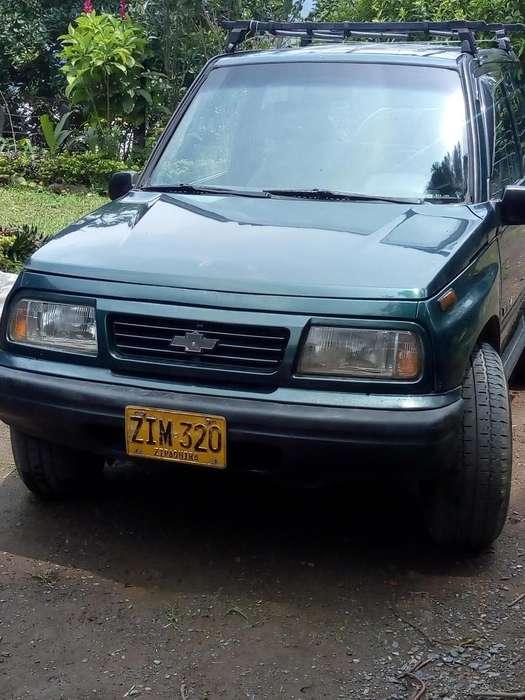 Chevrolet Vitara 1996 - 100000 km