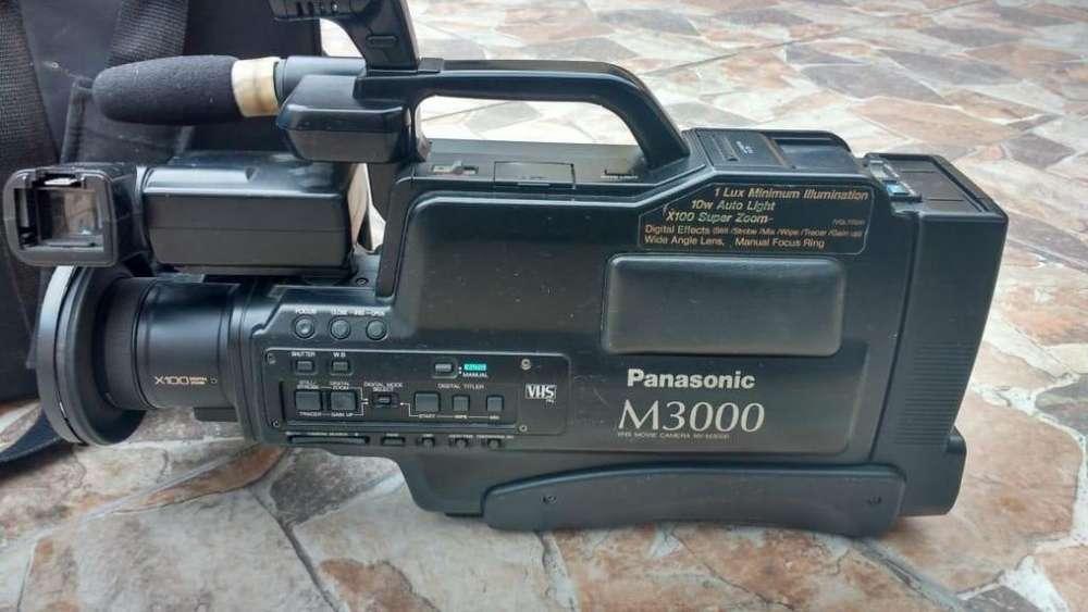 FILMADORA VHS PANASONIC M3000
