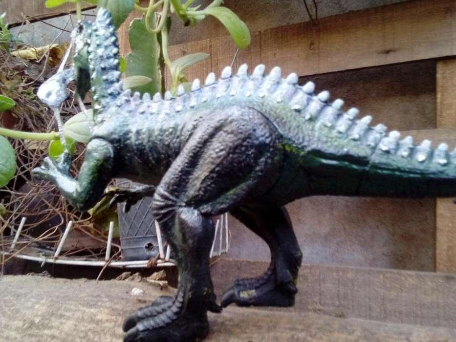 gp5600 dinosaurio Suchomimus