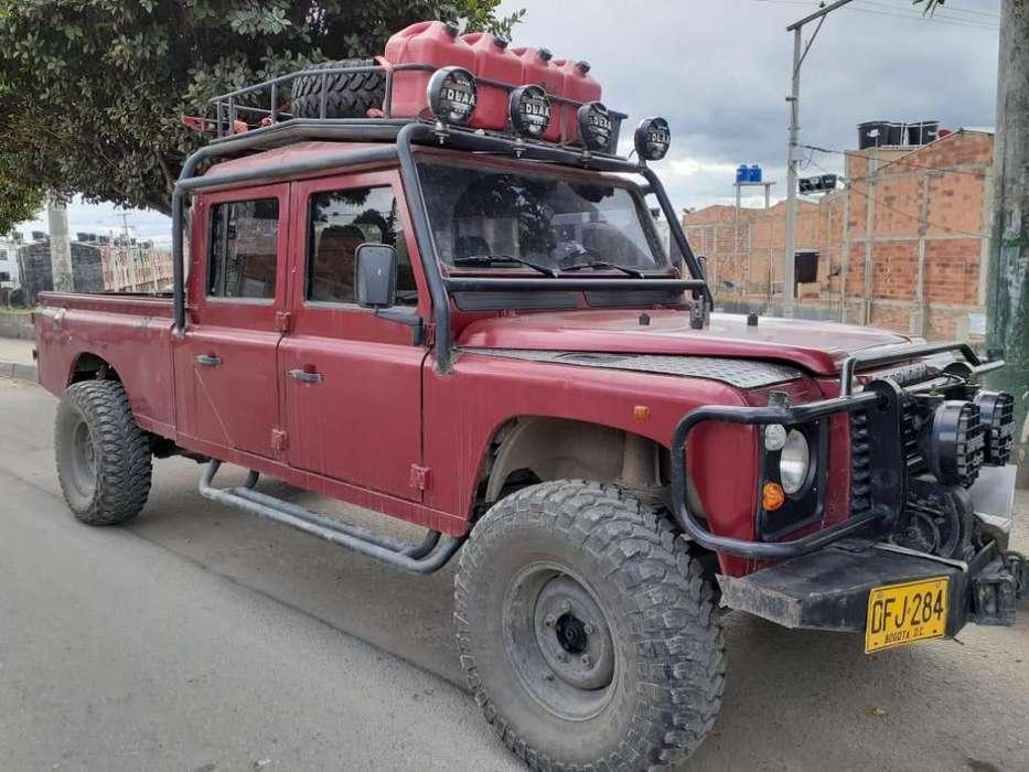 Land Rover Defender 1995 - 103000 km