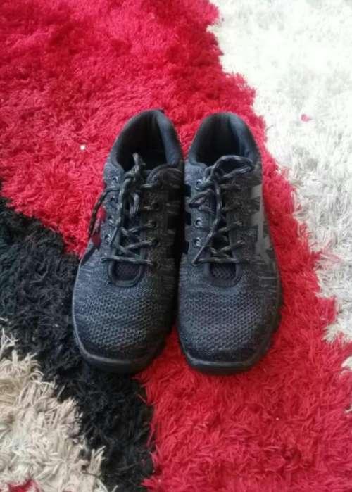 Zapatos Punta de Hierro Talla 37