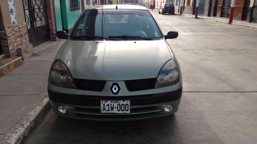 Renault Clio  2002 - 16000 km