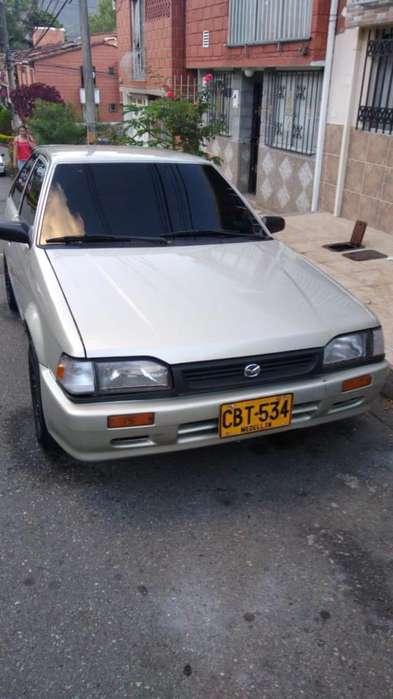 Mazda 323 1994 - 81000 km