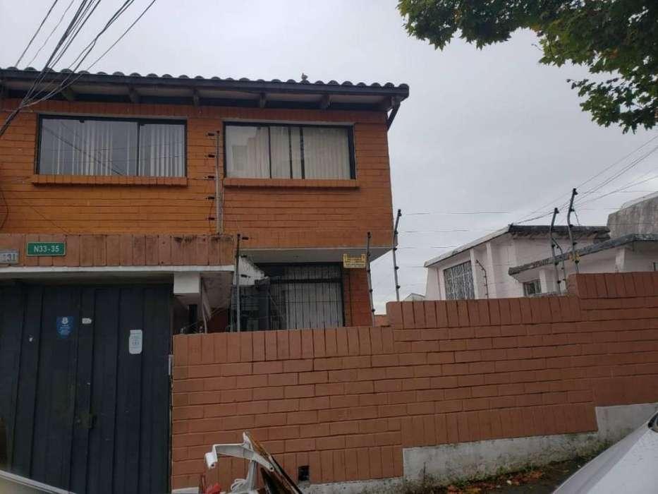 Casa en Venta o Renta 165 Mts. 2 en Bellavista, Batan, Quito