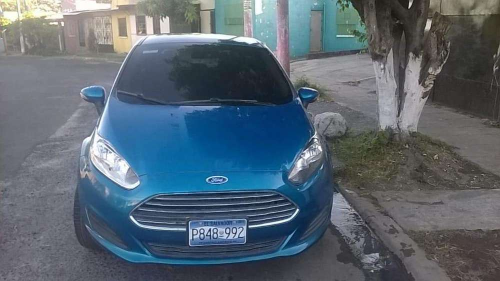 Ford <strong>fiesta</strong>  2015 - 28000 km