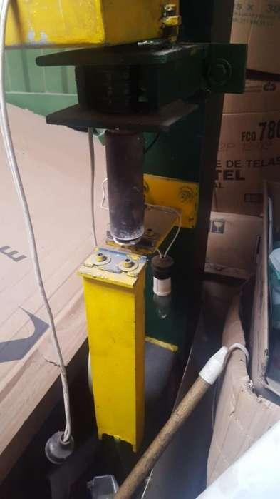 Maquina para Amarres