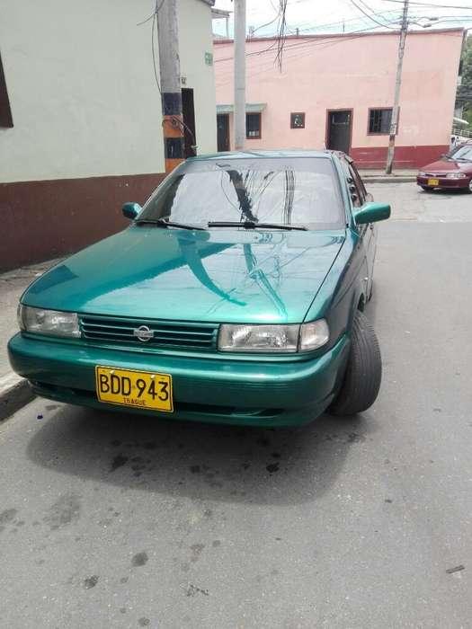 Nissan Sentra 1993 - 248000 km