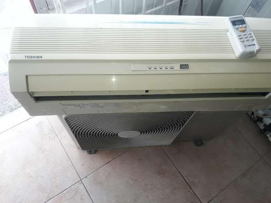 Remate Aire Toshiba 12.000btu 220v