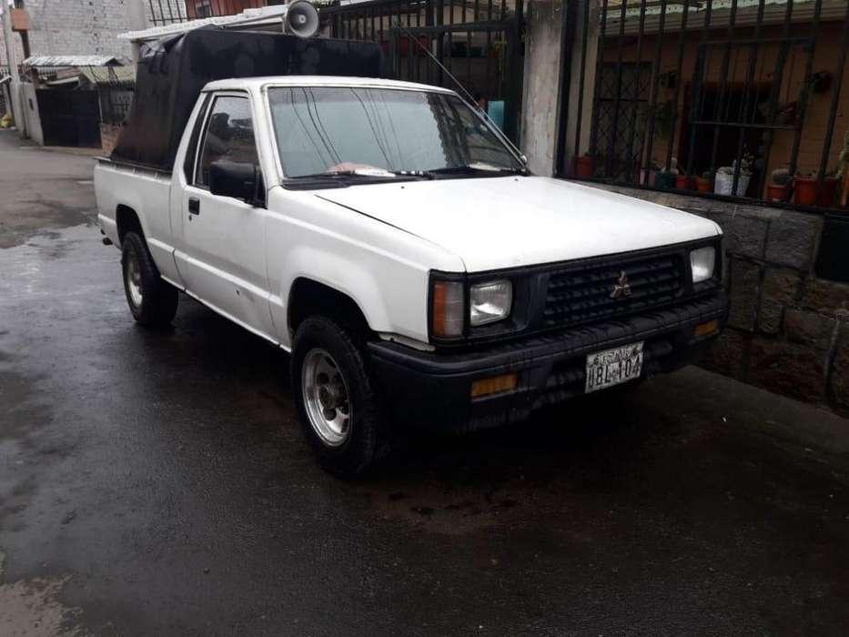 Vendo camioneta mitsubishi ao94 para mayor informacion 0984300823