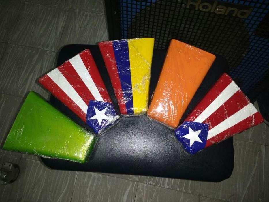 Campana De Mano Wl Percussion Pequeña En Colores