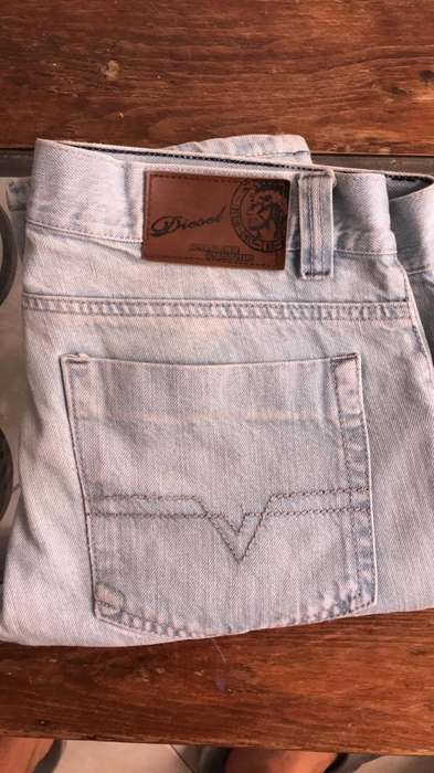 Jeans Diesel Talla 30