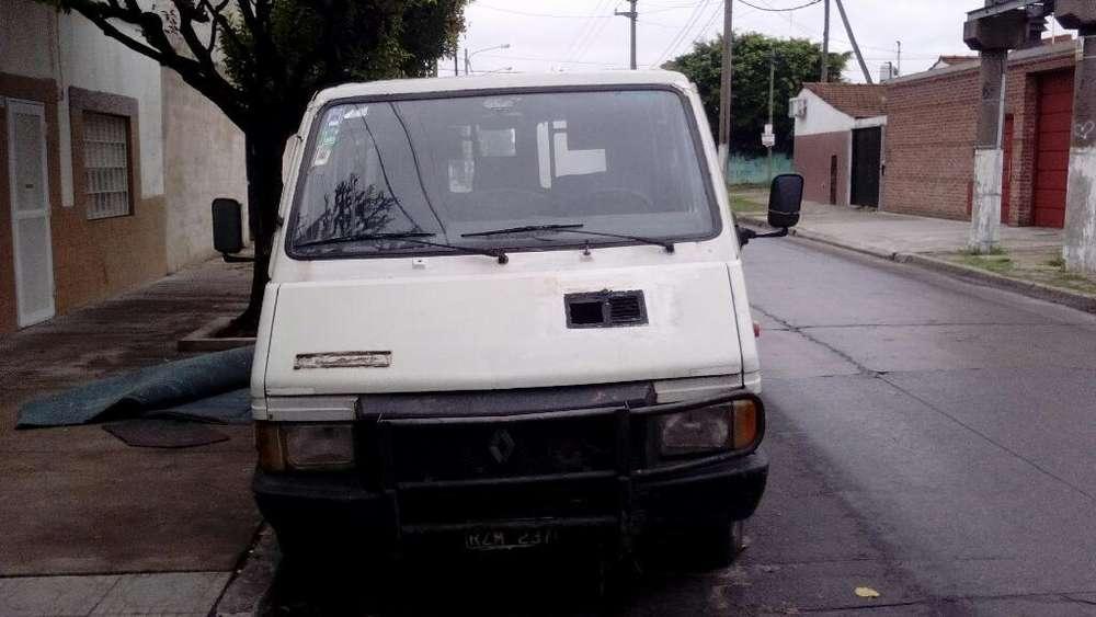 Renault Trafic 1990 - 100000 km