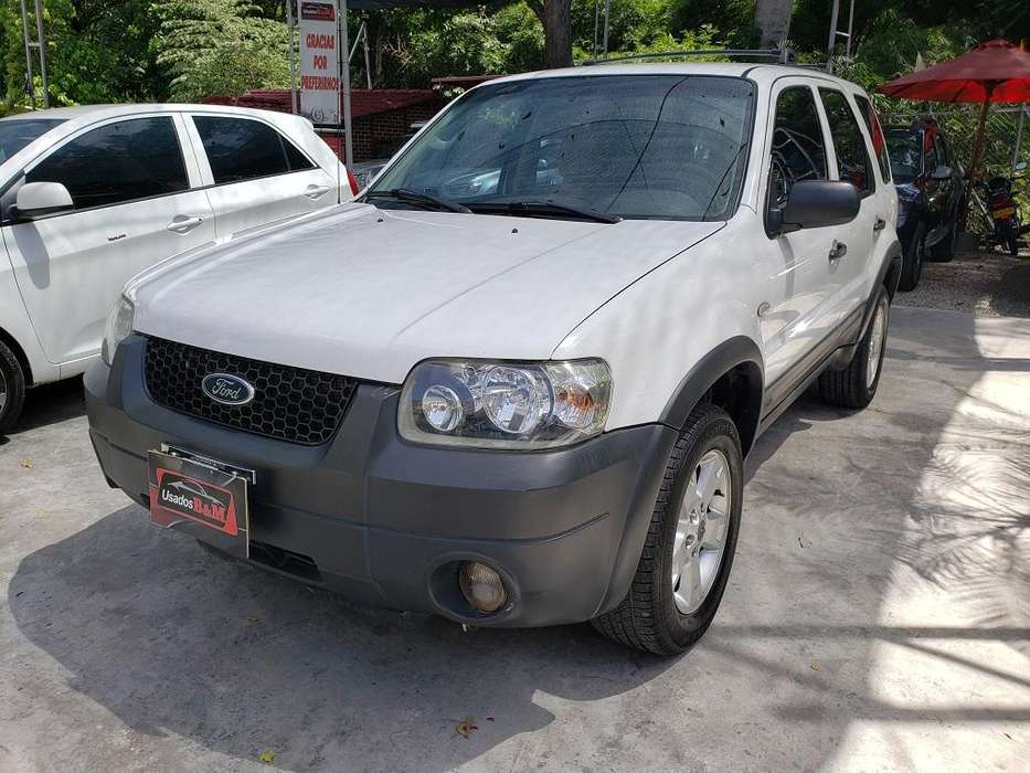 Ford Escape 2006 - 169922 km