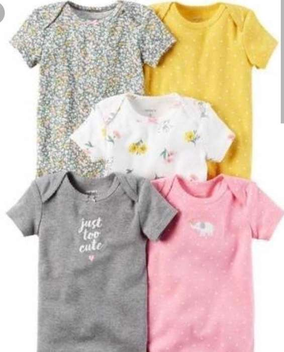 Set de Bodies X5 Talla 12 Meses