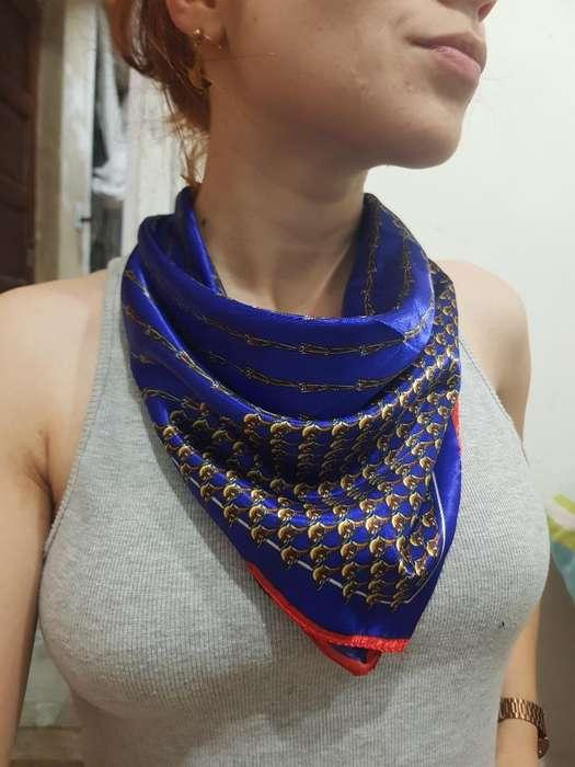 Pañuelo Seda Azul Nuevo