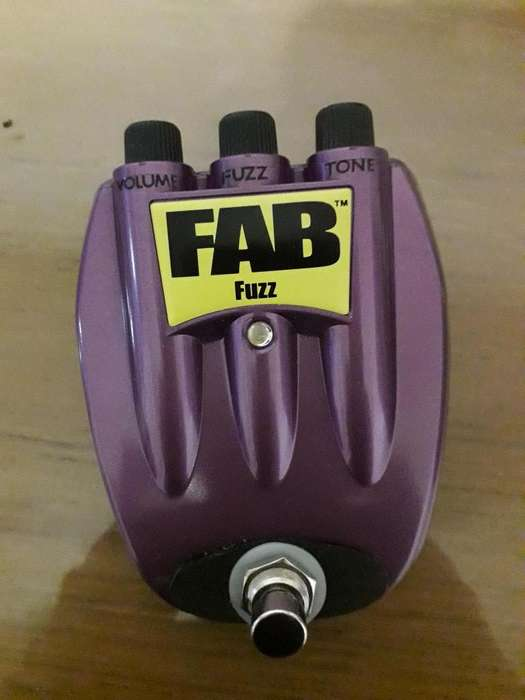 Pedal Danelectro Fuzz By Cluster