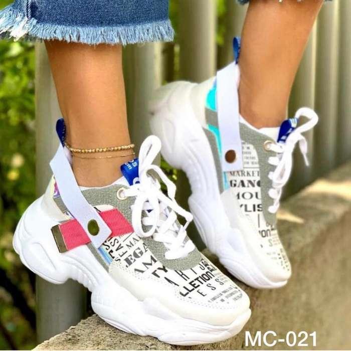 Lindo Calzado de Moda
