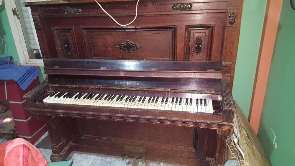 Piano Ernst Meyer Berlin