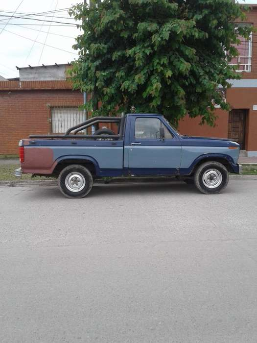 Ford F-100 1986 - 100 km