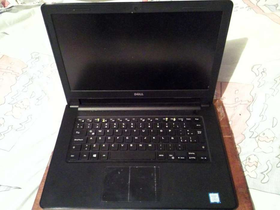 <strong>laptop</strong> DELL 7ma generacion
