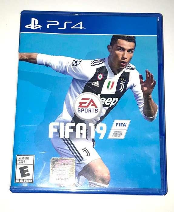 Venta de video juego FIFA 19 PS4
