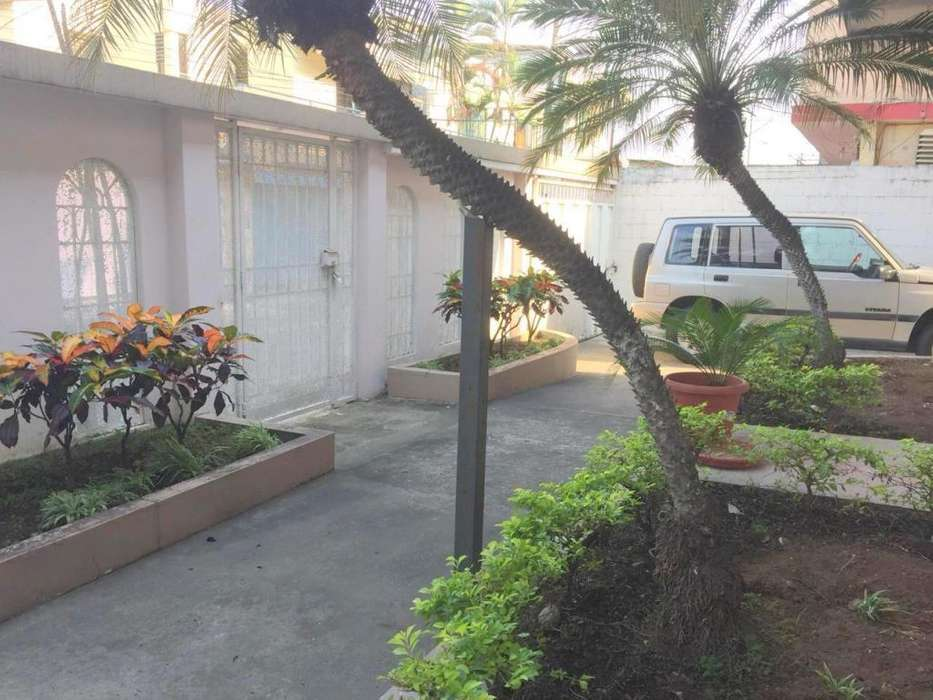 Ciudadela COVIEM vendo casa ideal para uso comercial o rentera