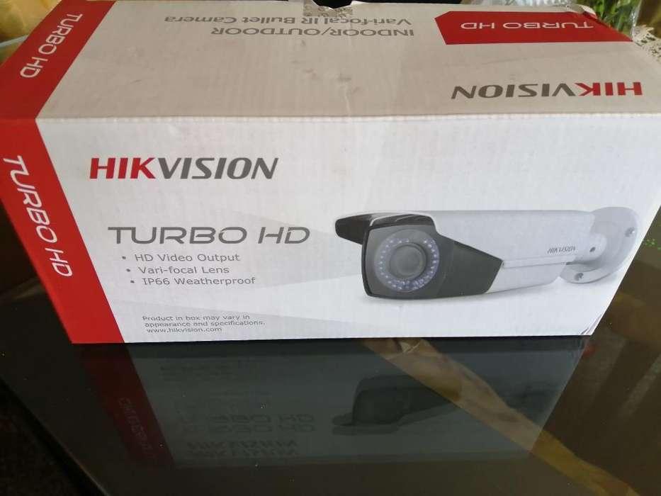 Cámara Hikvision Varifocal