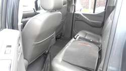 NISSAN NAVARA DOBLE CAB. 2.5 T DIESEL HIGH LE AUTOMAT 4/4 LUJO CUERO