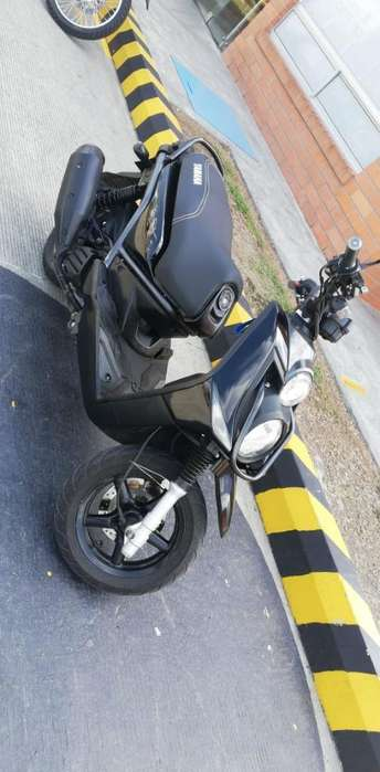 Moto Yamaha Bwis 2013 Cartago