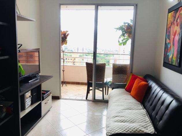CONFORTABLE <strong>apartamento</strong> LOMA DE LOS BERNAL.