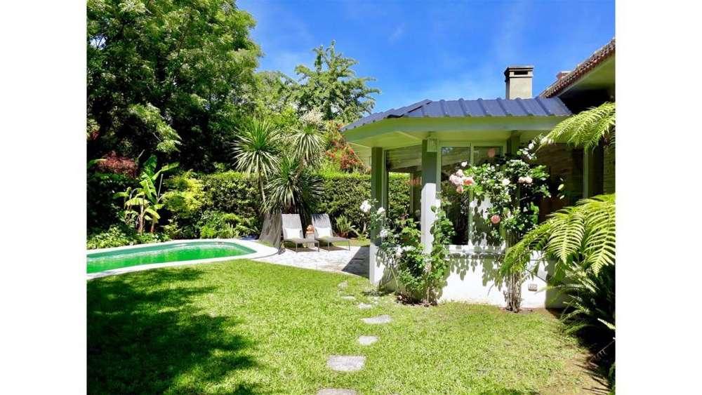 Las Heras 1600 - UD 890.000 - Casa en Venta