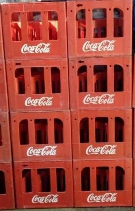 Cajon Vacio de Coca Cola, sin Envase