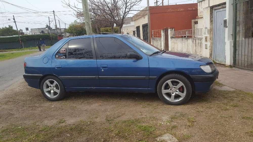 Peugeot 306 1996 - 280 km