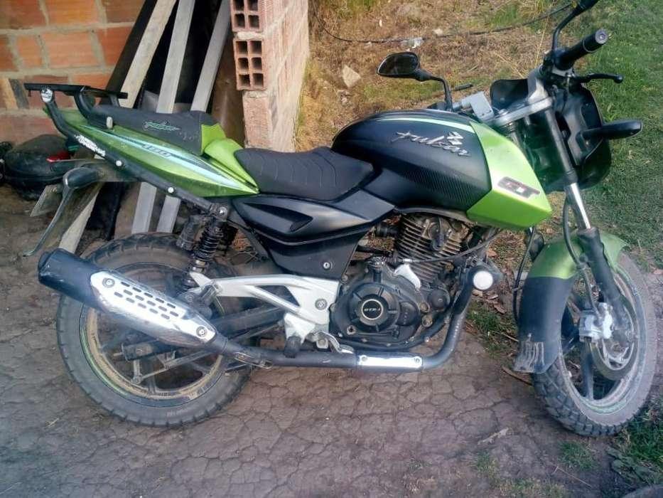 Moto Pulsa 180