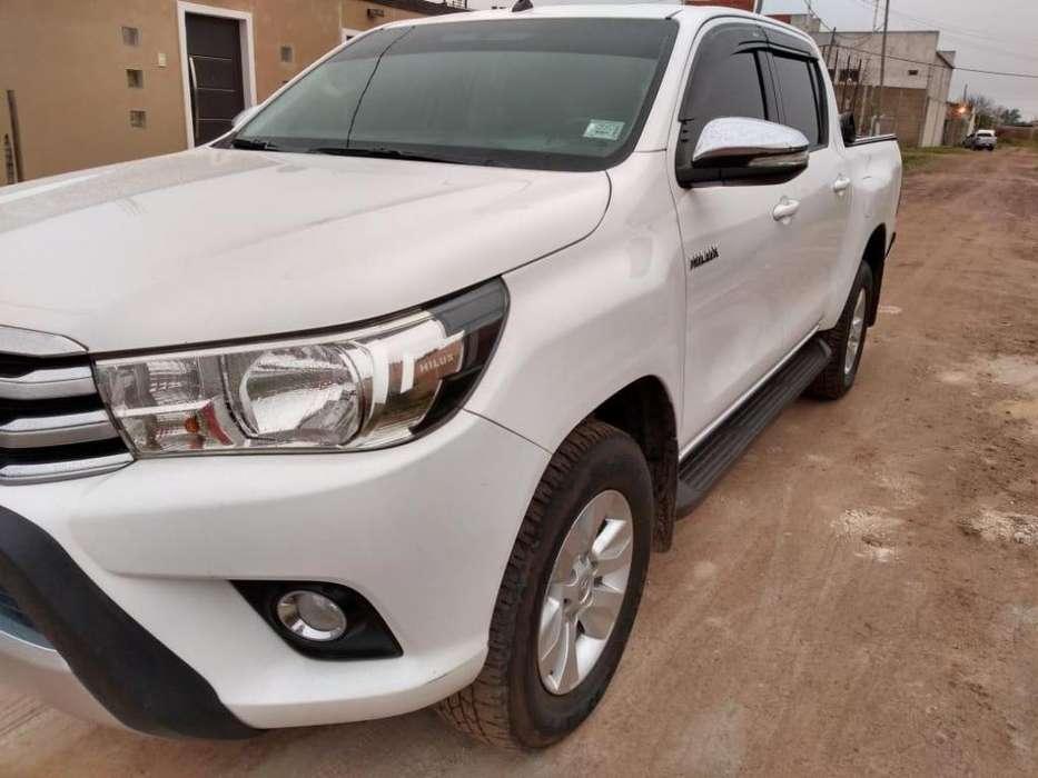 Toyota Hilux 2016 - 88000 km