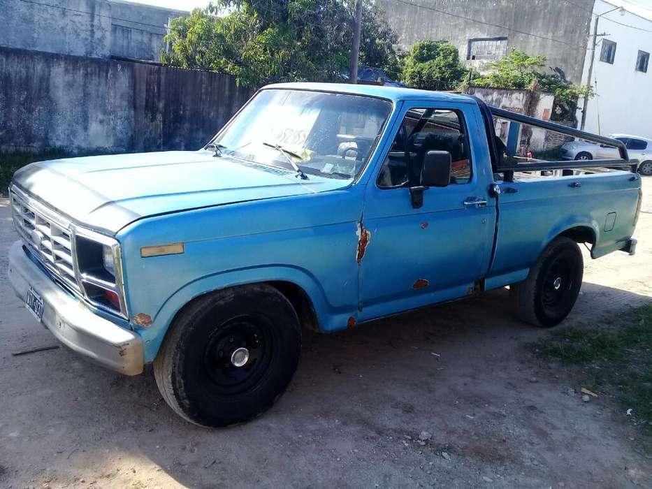 Vendo Camioneta F100 Modelo 82